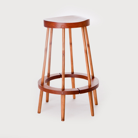 Accessories Perch Stool 01